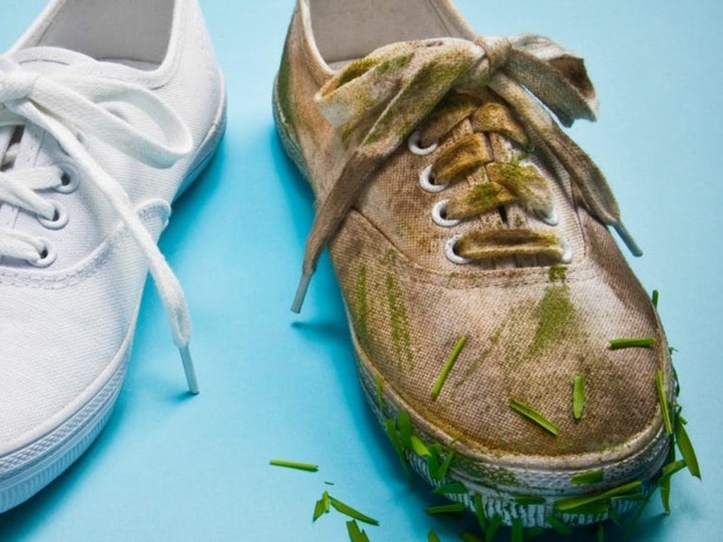 Best Ways To Clean White Converse Shoes