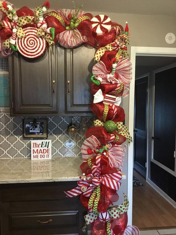 green ornaments to decorate christmas guides