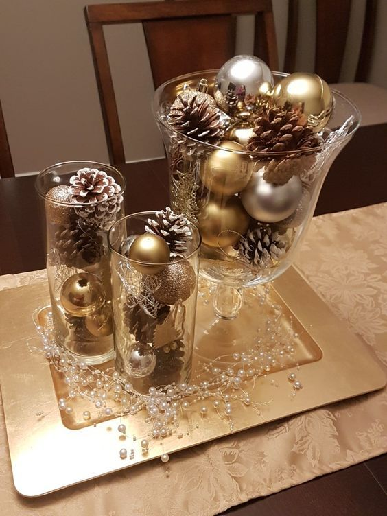 learn how to create a beautiful Christmas arrangement with a plate or tray