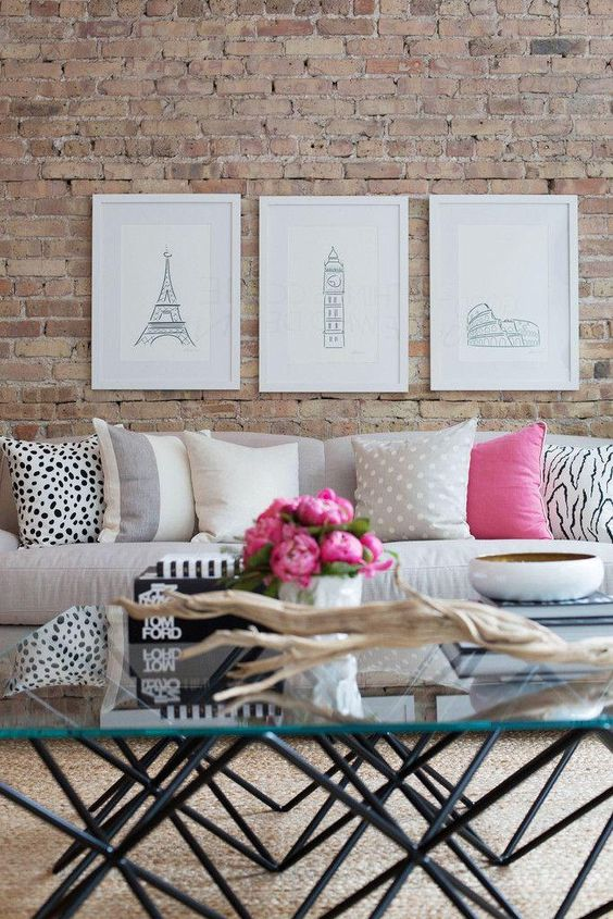 Exposed brick walls for modern rooms